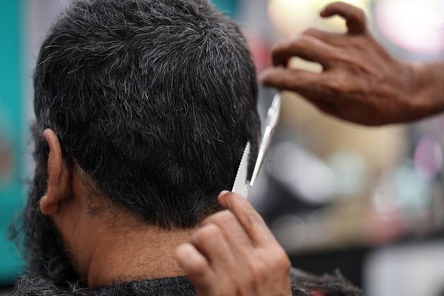 Dús frizura hajbeültetéssel