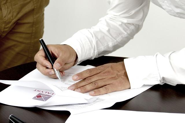 Papíralapú és letölthető cégkivonatok